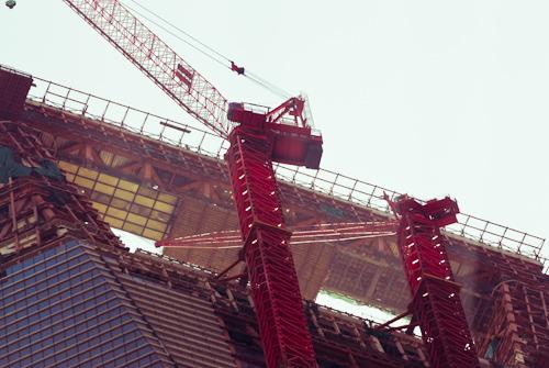 Spitze der SWFC Baustelle in Shanghai